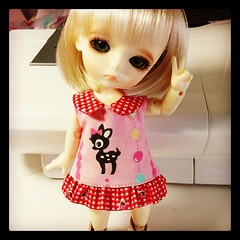 Try to make a new dress for DollPaca event, not complete yet. (Sweet-by-Nim) Tags: square squareformat hefe iphoneography instagramapp uploaded:by=instagram