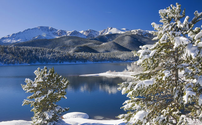 Fresh Snowfall at Crystal Reservoir in Colorado with Pikes Peak