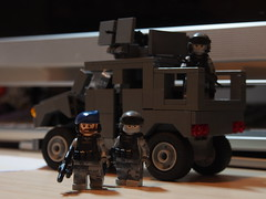 Urban Military part 2 (Brikam) Tags: soldier lego military camoflage mrap brickarms minifigcat batisbricks