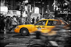 _SG_2012_09_0003_IMG_8013 (_SG_) Tags: new york city newyorkcity bw white ny newyork black yellow canon lens eos is und mark cab taxi yellowcab ii usm cabs weiss ef schwarz taxicab markii iloveny 24105 objektiv ilovenewyork newyorkcab f4l 24105mm canonef24105mmf4lis canonef24105mmf4lisusm ef24105 weissschwarz weissblack thecityneversleeps 24105usm 5dmarkii 5dii canon5dmarkii eos5dmarkii canon5dii canoneos5dii eos5dii usm24105ef ef24105canonusm newyorkcitytaxicabstimessquaretimes squarebroadwayschwarz