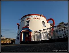 The Jave Jive - Tacoma, WA (Vintage Roadside) Tags: 1920s washington roadtrip pacificnorthwest tacoma whimsical javajive mimetic coffeepot highway99 worldfamous girltrouble roadsidearchitecture thewailers tacomaway vintageroadside