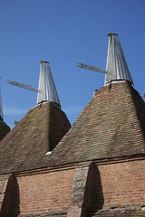 Oast House Roofs (Zachary Calvert) Tags: english oast british oasthouse oasthouses kentishoast kentishoasthouse oastroof oastroofs