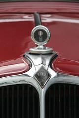 Renault Monaquatre (sonjasfotos) Tags: canon french classiccar renault oldtimer vechta franzose monaquatre franzosentreffen