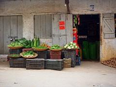 Kohima - Vegetable shop (sharko333) Tags: travel voyage reise asia asie asien  nagaland indien kohima street shop vegetables olympus em1