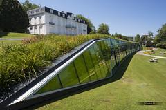 Sharp (JCarlos.) Tags: d610 donostia colores green verde parque park palace summer lineas trianagulos