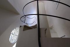 Casa Batll (ribbonhead) Tags: catalanmodernism antonigaud modernisme casabatll staircase barcelona illadeladiscrdia