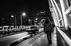 Sola por el Malecn (Luis Riveraw) Tags: blackandwhite blancoynegro streetphotography street urbano urban night lights longexposure monochrome people per lima canon600d canon lighting city lifestyle calle gente peru airelibre libre