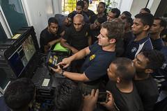 160829-N-CW570-055 (U.S. Pacific Fleet) Tags: humanitarianmineaction mc1arthurgwainmarquez fleetcombatcamerapacific ctf75 eodmu5 explosiveordnancedisposalmobilefive srilanka navydivers srilankadivers srilankahma combatcamera navy usn 7thfleet pacom eod masscommunicationspecialist trincomalee