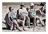 Espagne, les Trois Grâces sont aussi en crise (Gabi Monnier) Tags: street sea portrait mer beach canon vacances spain sand flickr sable jour été rue sansebastian espagne plage paysbasque atlantique pleinair saintsébastien traitement vieilles extérieur photosàlasauvette canoneos600d gabimonnier