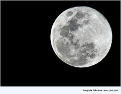 Blue moon in August, 2012 (jluizmail) Tags: sky moon nature riodejaneiro natureza cu lua bluemoon luaazul jluiz