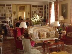 Chateau La Mission Haut Brion living room