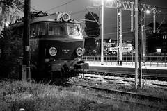 Night train to Poznań (Rafael García Márquez マドリード) Tags: night train europa europe fuji poland trainstation fujifilm polonia poznań xpro1 nightshotn granpolonia fujixpro1