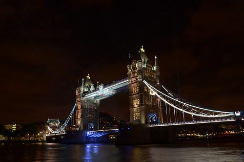 Tower bridge at night ©  Still ePsiLoN