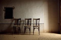 Espera (laororo) Tags: waiting catalonia catalunya tarragona sillas abandonado