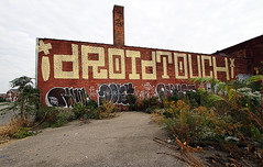 (Into Space!) Tags: street city urban streetart graffiti touch detroit dont roller msk graff revok bombing throw droid mst nekst 907 vts throwie ftmd