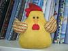Galinha peso de porta (Zion Artes por Silvana Dias) Tags: galinha patchwork cozinha pesodeporta galinhadetecido galinhapesodeporta zionartes