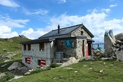 cabane Wiwanni (bulbocode909) Tags: valais suisse rarogne cabanewiwanni cabanes montagnes nature nuages vert bleu rouge