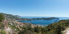 Villefranche-sur-Mer (CocoChantre) Tags: bucht hafen seefahrt verkehr villefranchesurmer nice provencealpesctedazur frankreich fr water sea blue boat harbor ship sailing coast