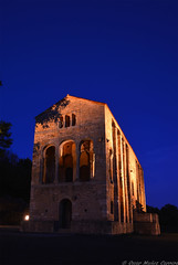 Santa Maria del Naranco (oscar muoz carrera) Tags: espaa spain asturias oviedo santamariadelnaranco horaazul bluehour iglesia church patrimonio monumento