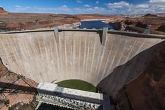 Glen Canyon Dam (Inanimate Carbon Rod) Tags: canon 70d az arizona page glen canyon dam lake powell