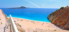 KAPUTA PLAJI (talipcetin) Tags: kaputa plaj kalkan ka antalya turkuaz deniz sea beach manzara landscape ada island kum tepe yzmek swim merdivenler blue mavi akdeniz mediterranean sahil ky coast anadolu anatolia