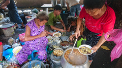 (inkid) Tags: ayeritam pulaupinang malaysia travel street photograph visit sony xperia z5 premium dual penang sister curry mee food stall noodles noodle sisters