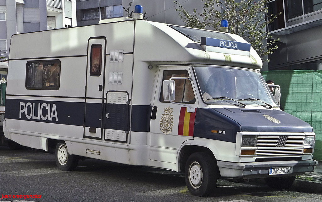The world 39 s most recently posted photos of classic and ducato flickr hive mind - Oficina policia nacional ...