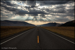 Heavens Opening (* Ian Rogers *) Tags: road sun sunlight clouds landscape washington heaven wa washingtonstate heavens sunbeam easternwashington landscapephotography ianrogers straightroad ianrogersphotography