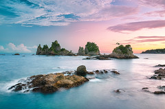 Pinkish Light at Minokakeiwa (-TommyTsutsui- [nextBlessing]) Tags: longexposure blue light sunset sea sky seascape nature yellow japan clouds landscape nikon purple magic tide scenic shore      izu latesummer    minokakeiwa minamiizu   sigma1750 onsalegettyimages