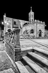 Acquaviva Picena - Scorcio 01 (Promix The One) Tags: bw scale bn chiesa campanile mura marche biancoenero scorcio lampione buio notturno medioevale piazzetta mattoni proloco canoneos1dsmarkii sigma1530f3545exdgasph acquavivapicenaap