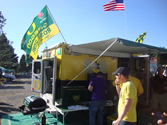 DSC04386 (FishDuck.com) Tags: uw oregon washington october stadium ducks huskies uo 2012 autzen fishduck uworegon100620121