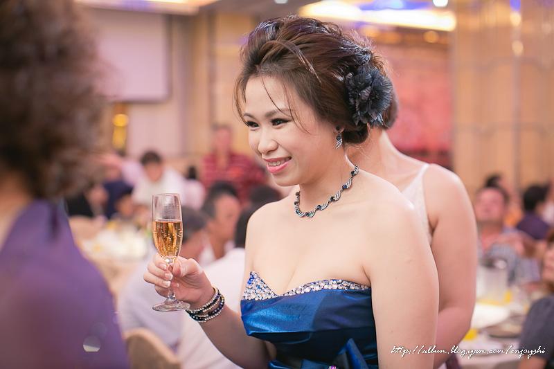 炳霖 依萍 結婚-0204.jpg