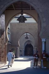 Entre du palais royal (maxguitare1) Tags: palace maroc palais palazzo palaisroyal palacio