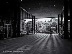 Street 157 (`ARroWCoLT) Tags: skdar istanbul skdarbelediyesi nokia lumia 1020 pureview monochrome siyahbeyaz perspective contralight tersk reflection yansma glass cam people human insan