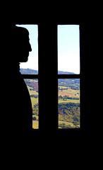 Sigismondo Malatesta profile. (ricciatop) Tags: san leo malatesta finestra window castle castello canon eos760d cagliostro rocca