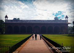 Diwan-i-Am - Red Fort. (sanyagupta09) Tags: incredibleindia india travel travelphotography travelphotographer travelography photooftheday hdrphotography outdoor morningclick sonyalpha roamer wanderlust monuments city explore architecture architecturephotography mughalarchitecture