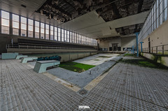 Abandoned Swimming Pool-3 (Darm) Tags: sigma 1835 816 f18 medar nikon darme d7000 iloveyourhome double6 doublesix belgique belgium villa decay poussiere dust abandonn factory usine rust rouille caserne barrack military militaire hotel motel italie italy italia home house maison manoir manor architecture structure btiment infrastructure extrieur entrept eos 5d 6d eos6d markii markiii tamron canon d7100 d7200 d800 d700 olympus zuiko leica texte