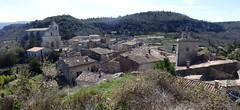 Vue sur village du Lubron (thiery49) Tags: lubron village glise clocher maison tuile
