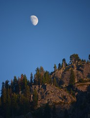 Yosemite evening (Williams5603) Tags: sierranevada moon yosemite yosemitevalley california ca nationalpark nightphotography night sunset