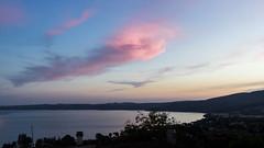 Pinky cloud (Plu80) Tags: nuvola pinky rosa lago terrazzo trevignano romano lazio color panorama canon 600d