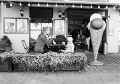 Dragr: Iscreme (holtelars) Tags: dragr pentax pentax645 645 645n 6x45 smcpentaxfa 45mm f28 120 120film foma fomapan fomapan100 fomapan100classic 100iso mediumformat film analog analogue blackandwhite classicblackwhite bw monochrome filmforever filmphotography xtol homeprocessing larsholte denmark danmark hrsholmfotoklub havn marina fototur street streetphotography explored