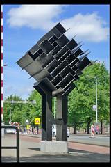 amsterdam monument ms vaz dias 01 1967 vd heide h (weesperstr) (Klaas5) Tags: holland dutch paysbas netherlands niederlande picturebyklaasvermaas nederland art artwork kunst kunstwerk sculptuur sculpture plastiek publicart postwarart