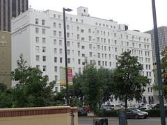 (sftrajan) Tags: neworleans centralbusinessdistrict architecture carondoletstreet hotel poydrasstreet cbd