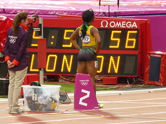La jamaicaine Shelly-Ann Fraser-Pryce 3 mdailles dont 1 en or aux JO de Londres (Tab59) Tags: summer london ass gold rice stadium or august games course 200 londres olympic t meters stade aout 2012 olympique derrire jeux olympiques athltisme mtre championne mtres chmpion shellyann lobdres fraserpryce athtics