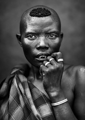 Bodi Tribe woman, Hana Mursi, Omo Valley, Ethiopia (Eric Lafforgue) Tags: africa portrait people blackandwhite haircut vertical hair outside outdoors photography day culture tribal omovalley tradition ethiopia tribe ethnic hairstyle bulldozer oneperson tribo hornofafrica ethnology headandshoulders bodi omo eastafrica thiopien etiopia ethiopie realpeople etiopa lookingatcamera meen waistup 7347  etiopija africanethnicity pastoralist ethiopi  etiopien etipia  etiyopya  snnpr      oneadult    southernnationsnationalitiesandpeoplesregion ethiopianethnicity hanamursi