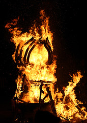 (PNW Nudist) Tags: seattle b lake man club nude fire frog mascot burning burn bm nudist naturist sultan lb regional kermit burners sacrifice effigy bronson 2012 blakely lakebronson lakely belakely