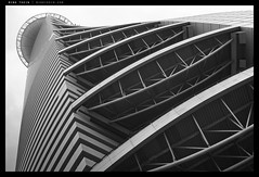 _RX100_DSC0414bw copy (mingthein) Tags: blackandwhite bw abstract building monochrome architecture geometry availablelight sony malaysia kuala kl ming lumpur onn rx100 thein photohorologer mingtheincom