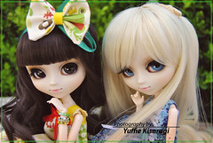 Darla & Theressa - Pullips Prupate (Yuffie Kisaragi) Tags: madrid doll meeting theresa pullip darla pullips himitsu obitsu rewigged rechipped prupate