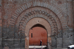 the great gate (handheld-films) Tags: africa travel architecture morocco maroc marrakech medina marrakesh moroccan afrique citygate afriquedunord babagnaou