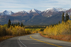 South Klondike View_IMG_1083 (yukonchris) Tags: trees canada mountains fall nature beauty landscape natural cloudy north overcast hills yukon valley daytime northern taiga unspoiled northof60 southernyukon canonefs1585mm southklondikehighway canon7d whitehorsesouthernlakesregion